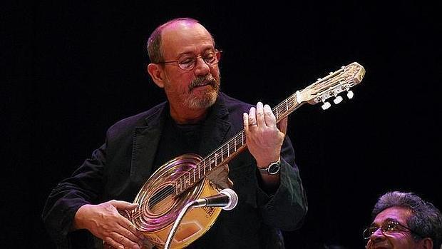 SILVIO RODRÍGUEZ REPRESENTA, SIN NINGUNA DUDA, EL ALMA DE LA REVOLUCIÓN CUBANA EN TODAS SUS FACETAS, ESPECIALMENTE EN LA MUSICAL Y POÉTICA